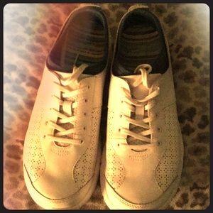 Dansko Nursing Tennis Shoes